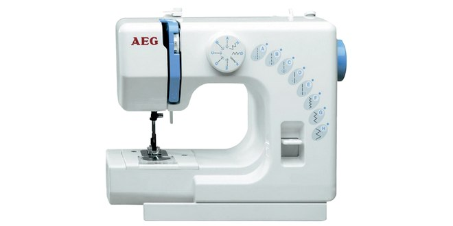 Die AEG NM 525 Nähmaschine kostet heute im Conrad Outlet nur 55 €